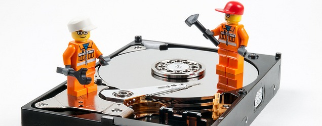 Safe data recovery : Dos and Dont's of rebuilding RAID arrays in data centers after a hard disk drive failure